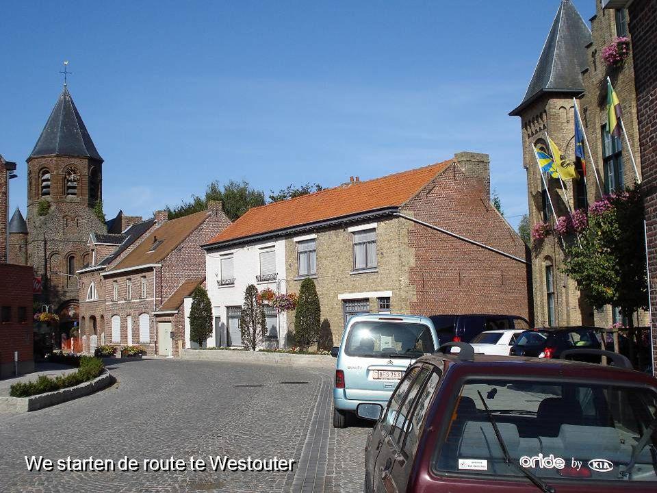 We starten de route te Westouter We starten de route te Westouter