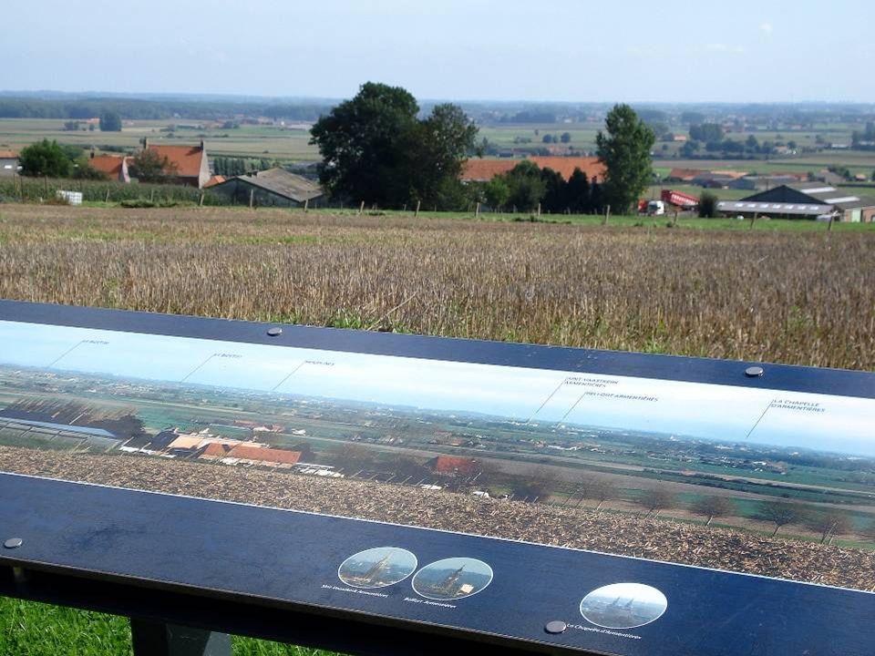 In Nieuwkerke een gigantisch panorama op de West-Vlaamse Bergen