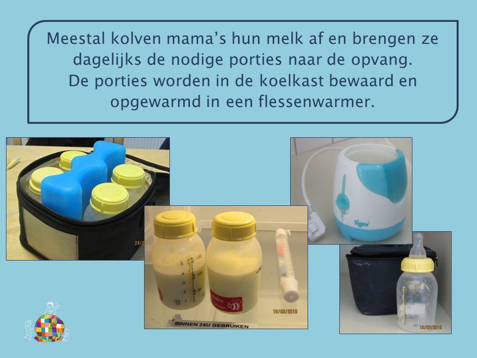 Meestal kolven mama's hun melk af en brengen ze dagelijks de nodige porties naar de opvang. De porties worden in de koelkast bewaard en opgewarmd in e