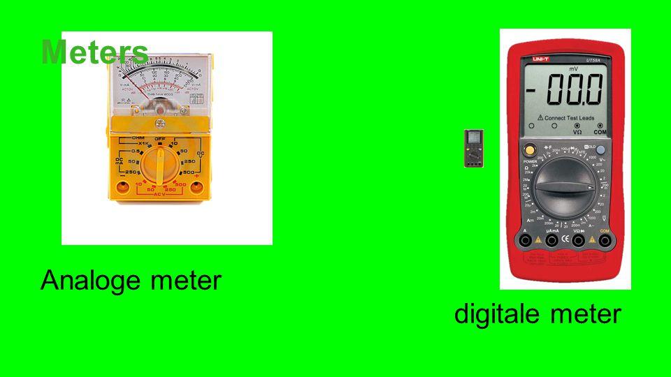 Wat METEN Je kan met een multimeter de spanning, de stroomsterkte en de weerstand meten.