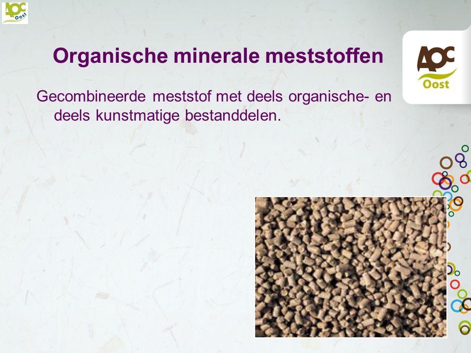 Gecoate kunstmeststoffen Kunstmeststoffen met een laagje (coating) om de meststof Afgifte (oplossen) van de meststoffen duurt langer Langere werking N