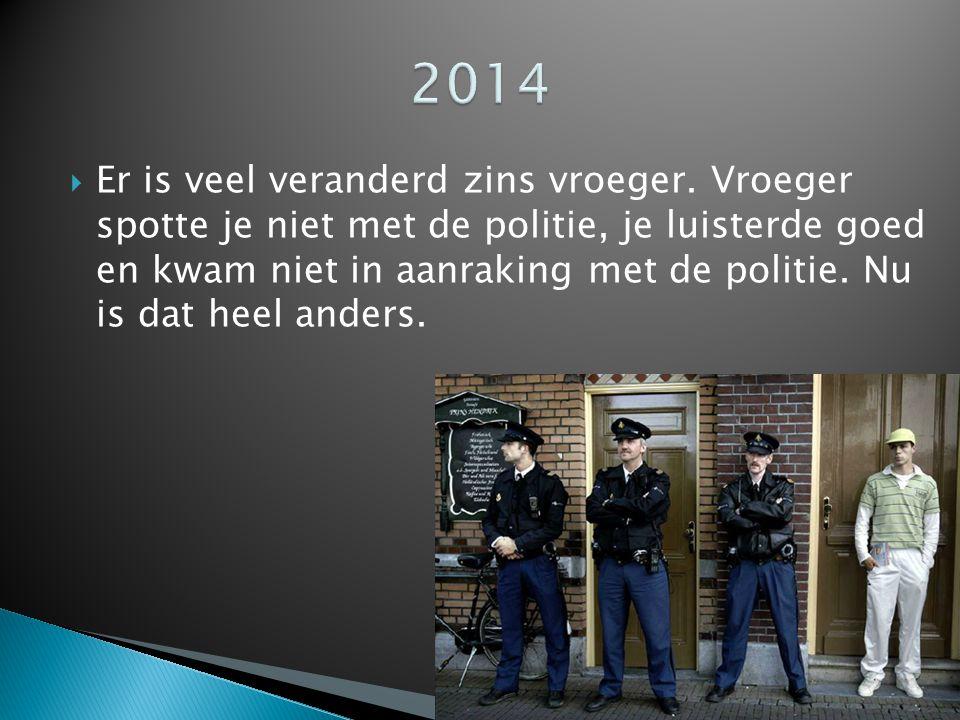  Er zijn veel verschillende uniforms voor de politie.