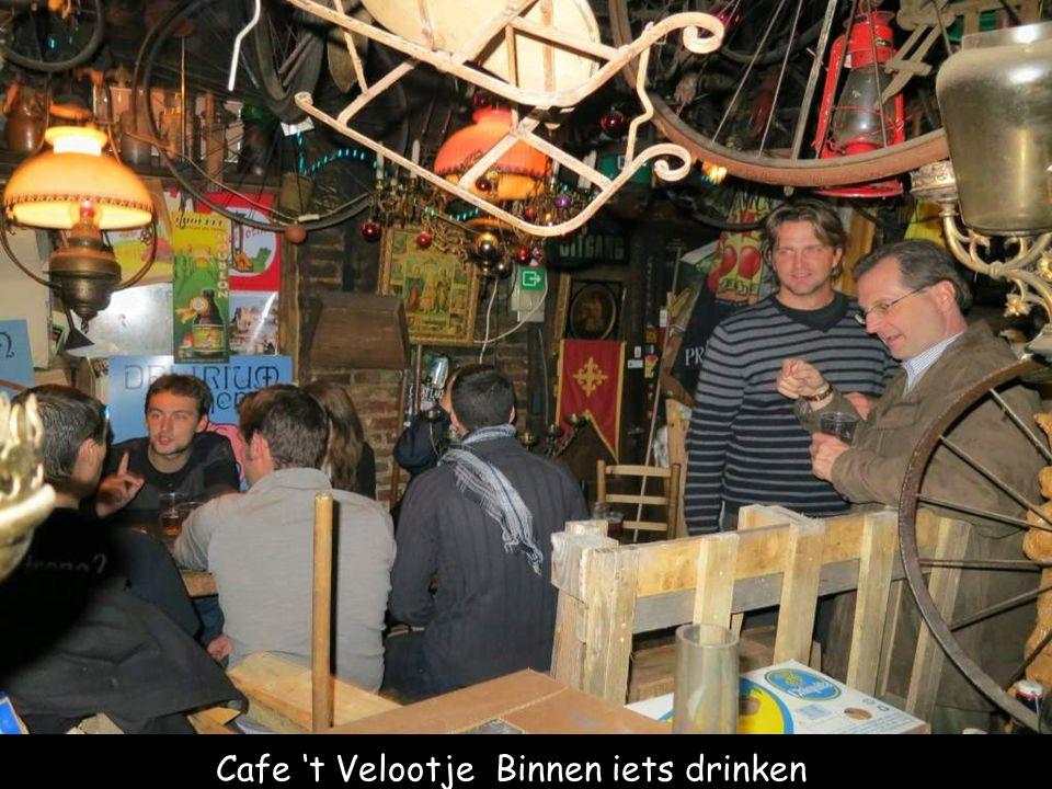 Interieur Cafe 't Velootje Cafe 't Velootje Buiten iets drinken