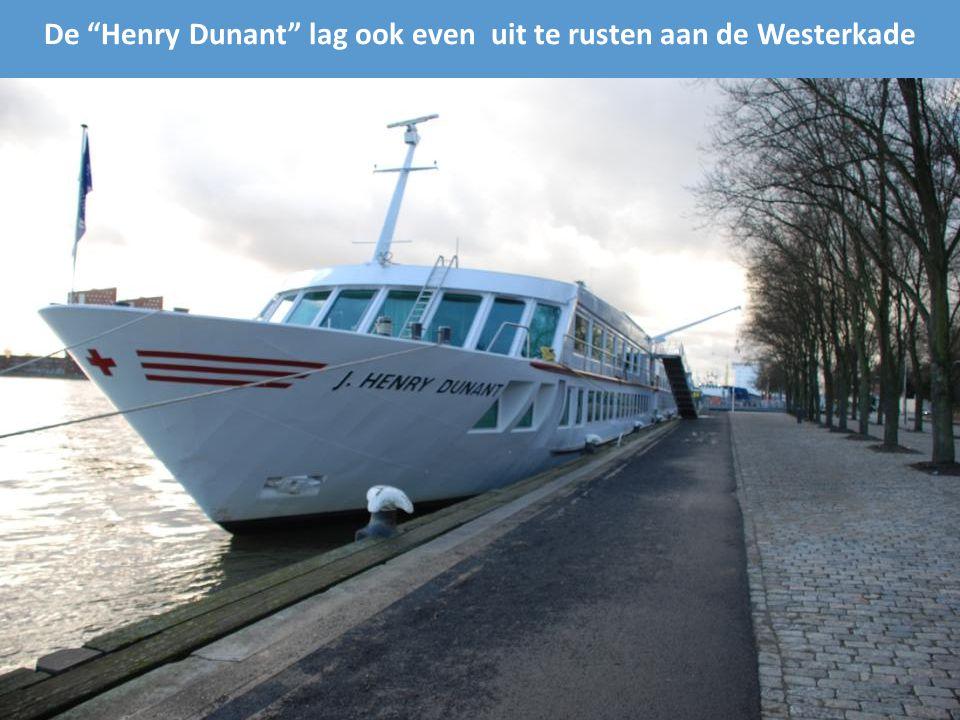 Voorgevel Wereldmuseum Veerkade hoek Willemskade