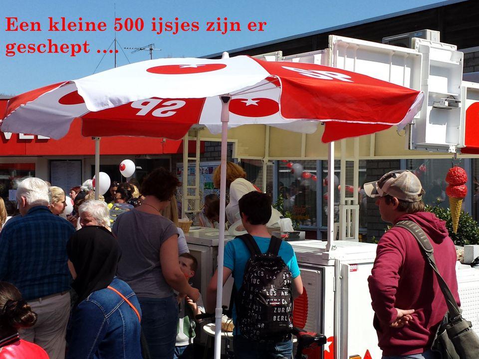 Een kleine 500 ijsjes zijn er geschept ….
