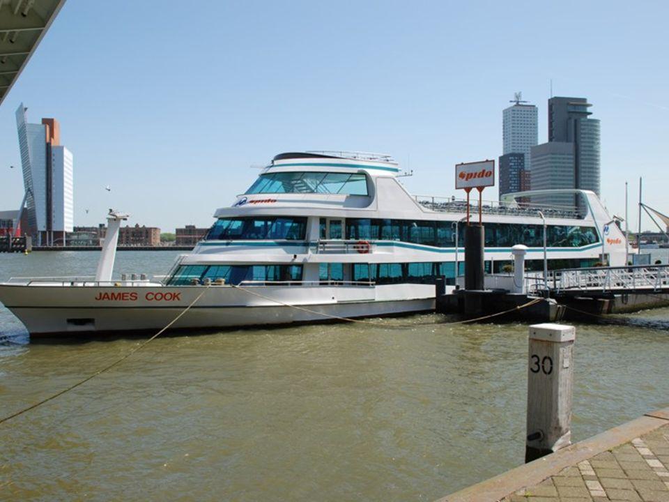 In- en uitgang Spido Rondvaartboten