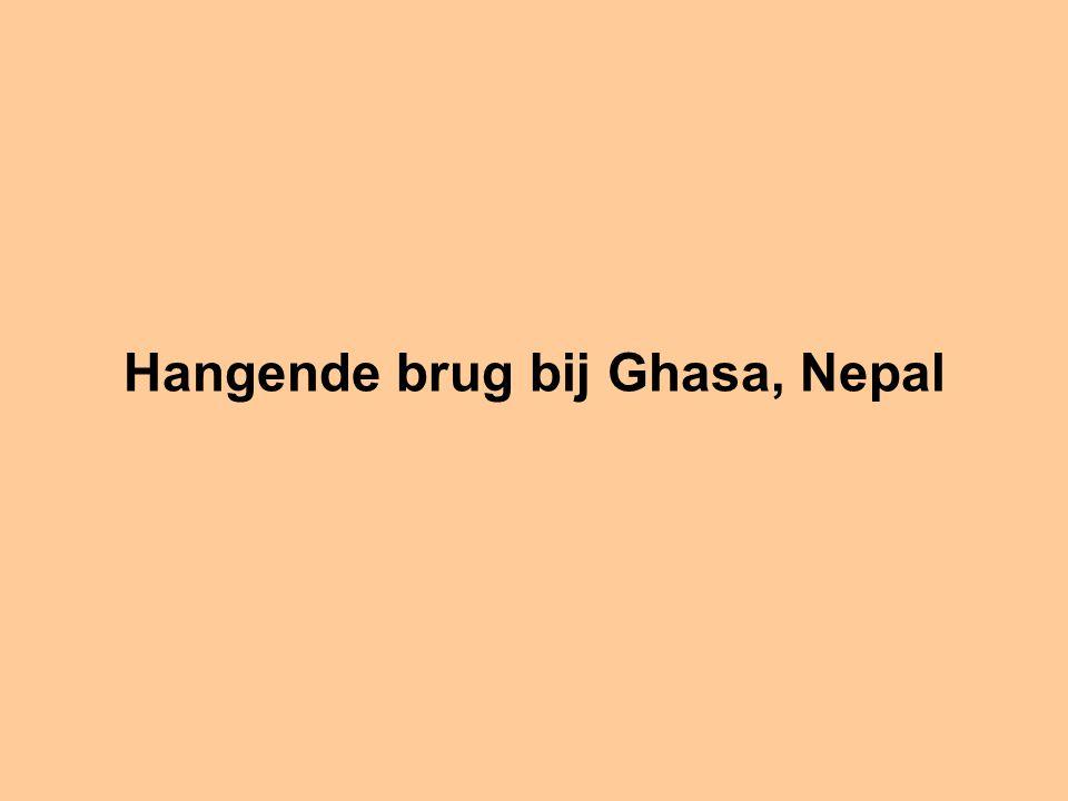 Hangende brug bij Ghasa, Nepal