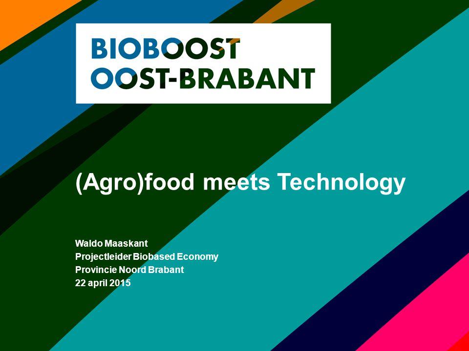 Inhoud 1.Biobased clusters en samenwerking 2.Innovatieprogramma Agrofood 3.Biobioost Oost Brabant, focus 4.Triple Helix partners 5.Ontwikkel pijlers Bioboost programma 6.BOM business development 7.Financiering en ontwikkelfondsen