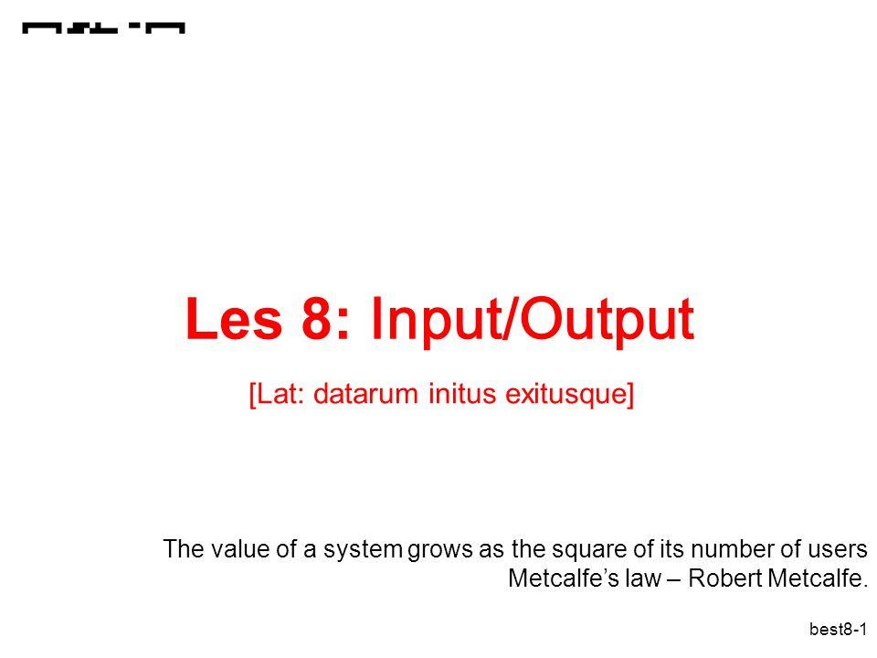 best8-62 Betrouwbaarheid verhogen door redundantie Verlies van 1 schijf is geen ramp indien de informatie van de schijf kan gereconstrueerd worden.