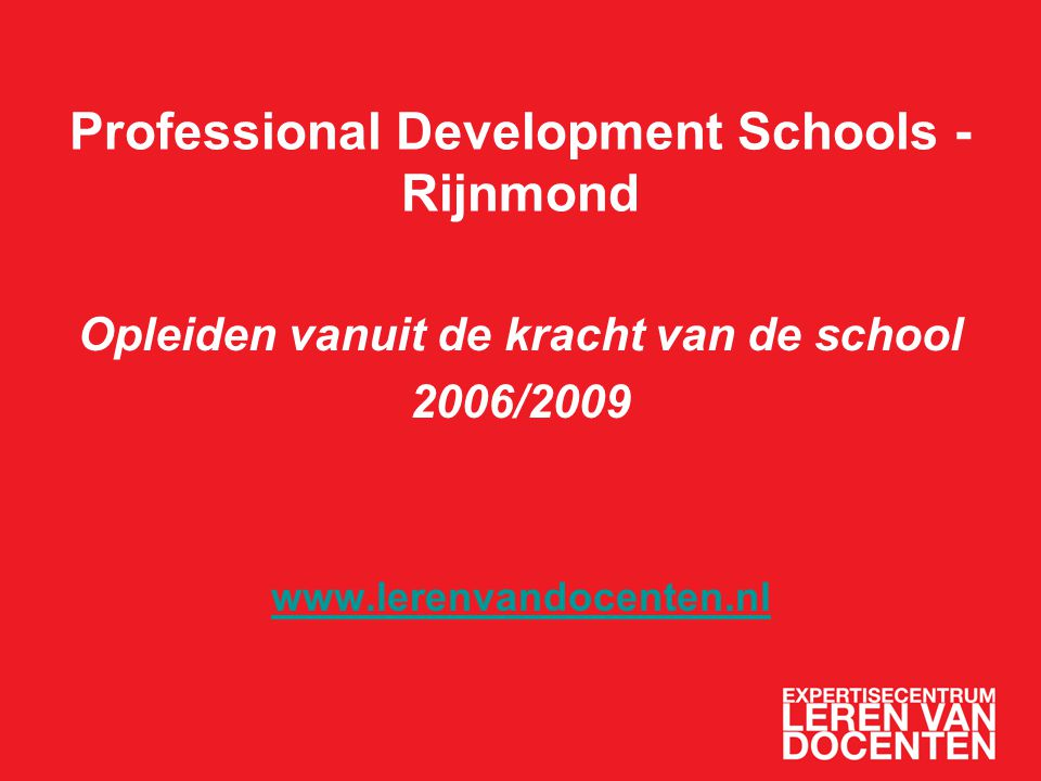 De docent als onderzoeker Professional growth involves teachers' investigations of their practice and construction of their own theories of teaching (Bell & Gilbert, 1994) Collaborative research increases teachers' professionalism and as such contributes to the quality of education within the school (Cochran-Smith & Lytle, 1999) Teachers as agents of their own learning (Jurasaite-Harbison & Rex, 2005)