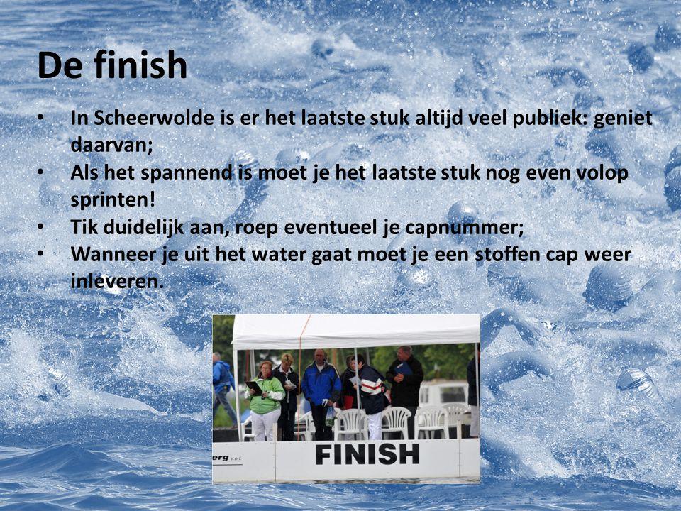 De finish In Scheerwolde is er het laatste stuk altijd veel publiek: geniet daarvan; Als het spannend is moet je het laatste stuk nog even volop sprin