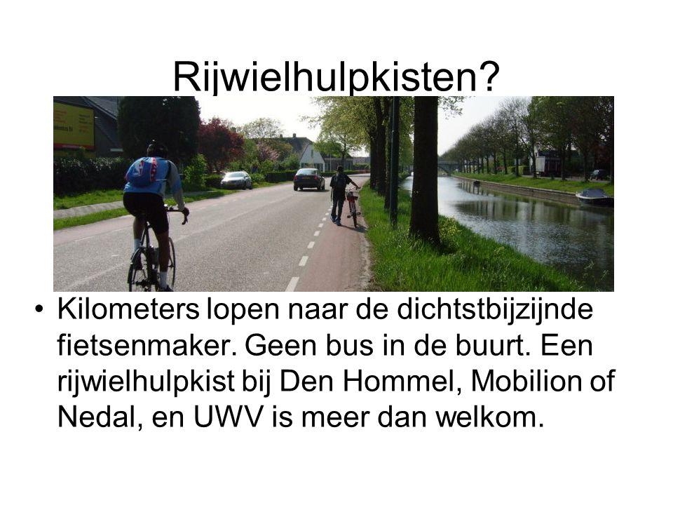 Rijwielhulpkisten? Kilometers lopen naar de dichtstbijzijnde fietsenmaker. Geen bus in de buurt. Een rijwielhulpkist bij Den Hommel, Mobilion of Nedal