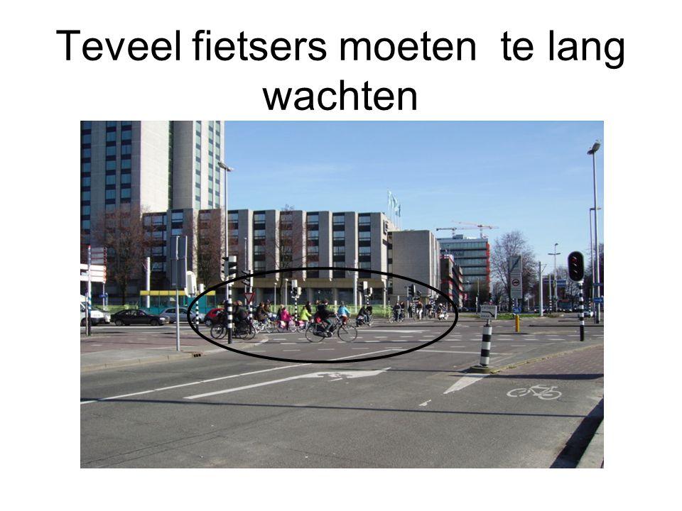 Teveel fietsers moeten te lang wachten