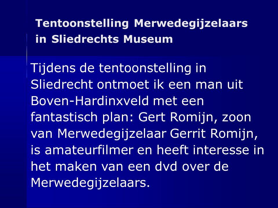 Tentoonstelling Merwedegijzelaars in Sliedrechts Museum Tijdens de tentoonstelling in Sliedrecht ontmoet ik een man uit Boven-Hardinxveld met een fant
