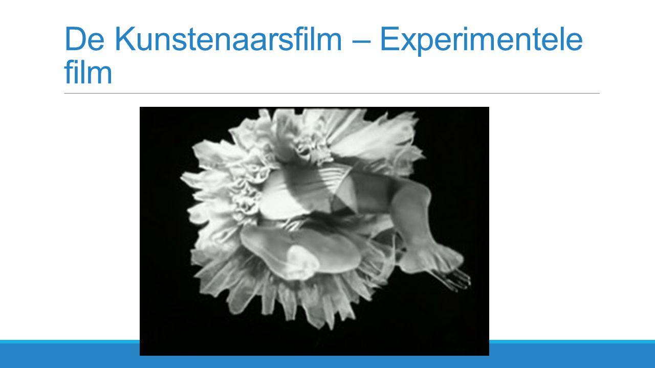 Man Ray - Dada Rayographie:  Bestrooien van de film met spelden, zout, punaises etc.