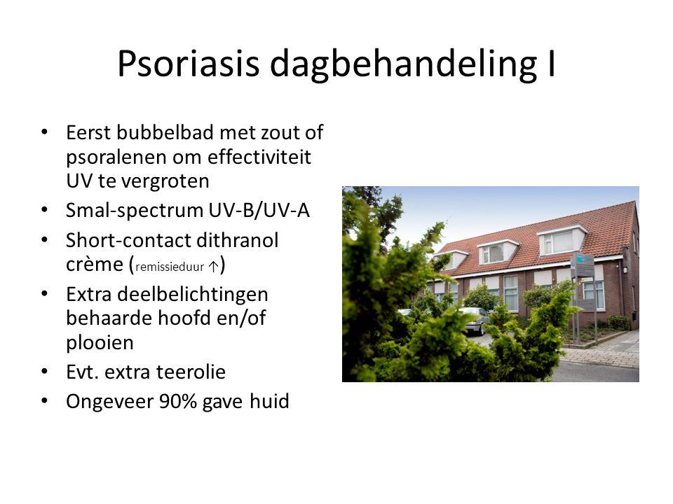 Psoriasis dagbehandeling I Eerst bubbelbad met zout of psoralenen om effectiviteit UV te vergroten Smal-spectrum UV-B/UV-A Short-contact dithranol crè