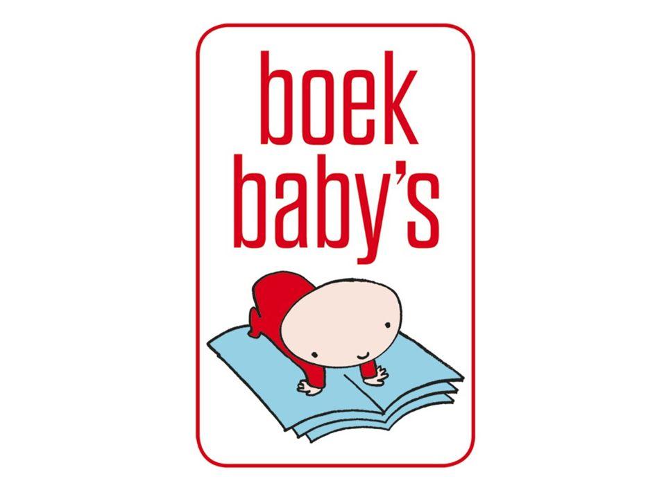 Het CB De vrijwilliger overhandigt vanaf ………..het babypakket aan ouders met een baby van 6 maanden oud en toont wat er in zit: –het knisperboekje –het kartonnen boekje –de babybrochure met informatie over voorlezen aan baby's en peuters en met boekentips De vrijwilliger geeft wat uitleg over Boekbaby's (zie infomap Boekbaby's) De vrijwilliger duidt aan op de bezoekerslijst wie een pakket ontvangen heeft De vrijwilliger kleeft een Boekbaby's-stickertje in het Gezondheidsboekje