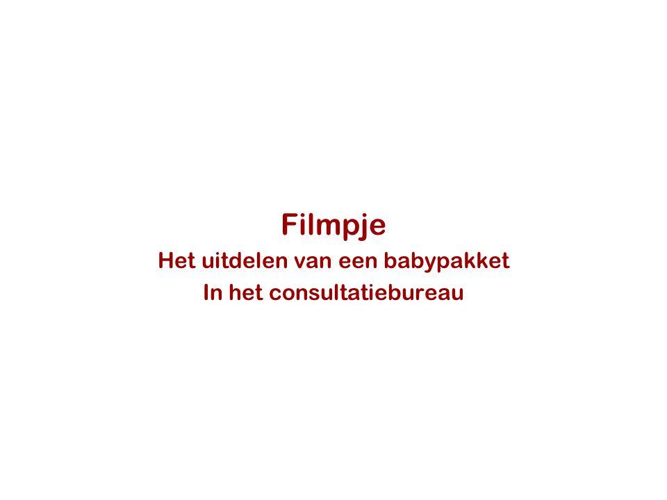 Filmpje Het uitdelen van een babypakket In het consultatiebureau