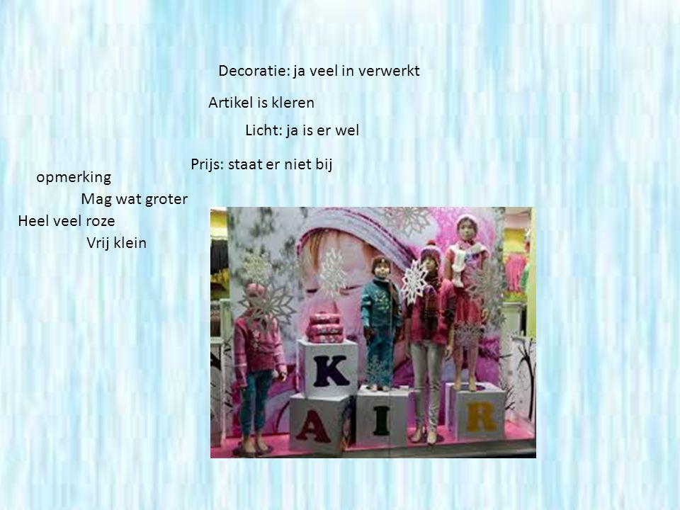 Decoratie: ja veel in verwerkt Artikel is kleren Licht: ja is er wel Prijs: staat er niet bij opmerking Mag wat groter Heel veel roze Vrij klein