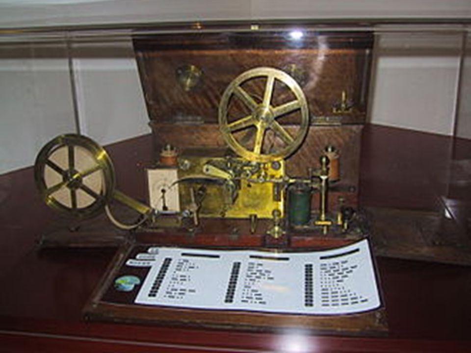 """Een universele code werd gemaakt door Samuel Morse, onder de naam """"Morse code""""."""