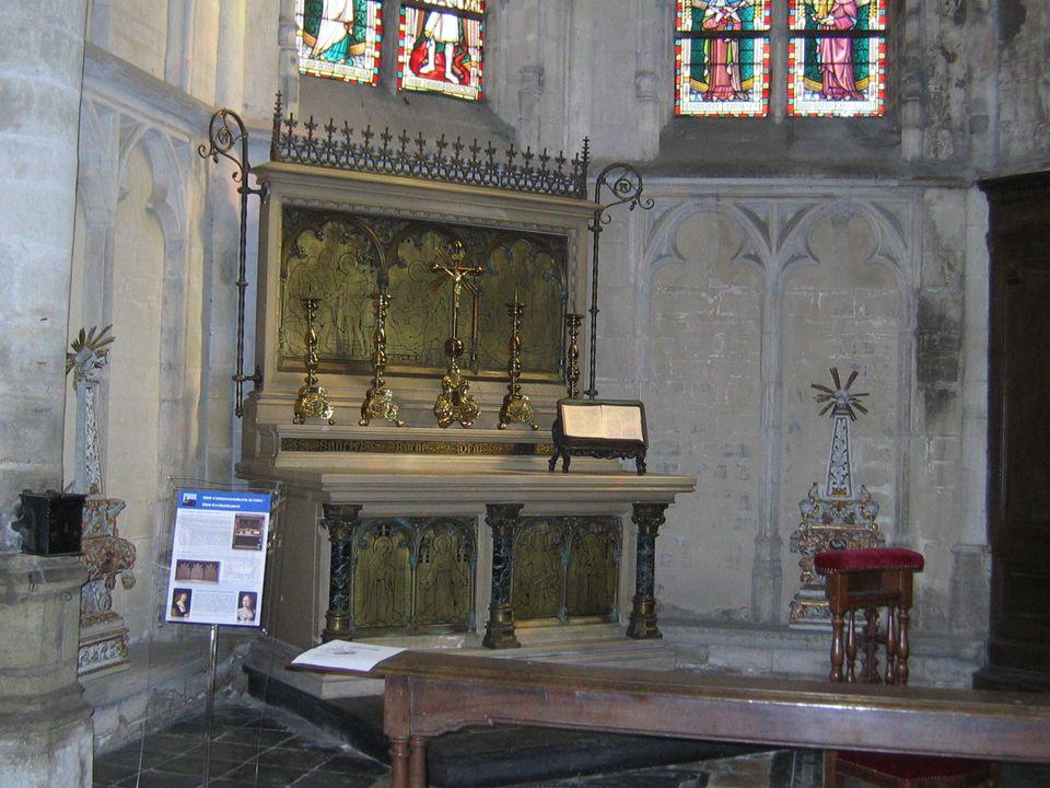 Hier trouwden Filips de Schone en Hier trouwden Filips de Schone en Isabella van Castilië en Aragon Isabella van Castilië en Aragon