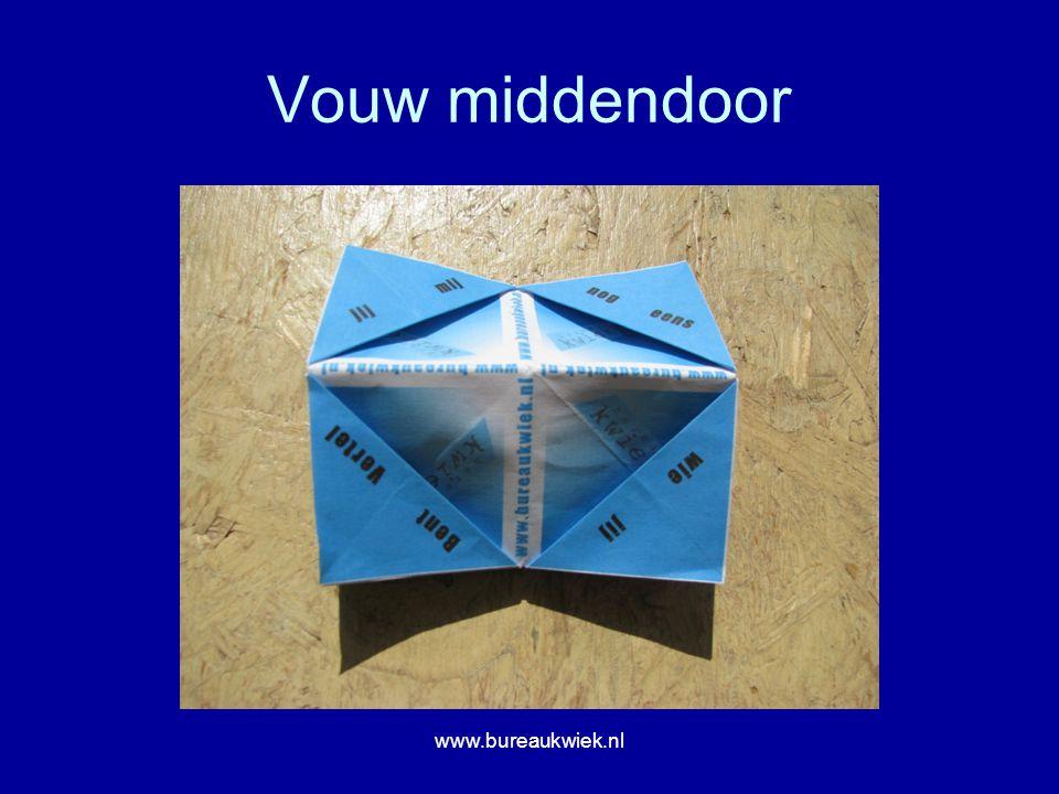 Vouw middendoor www.bureaukwiek.nl