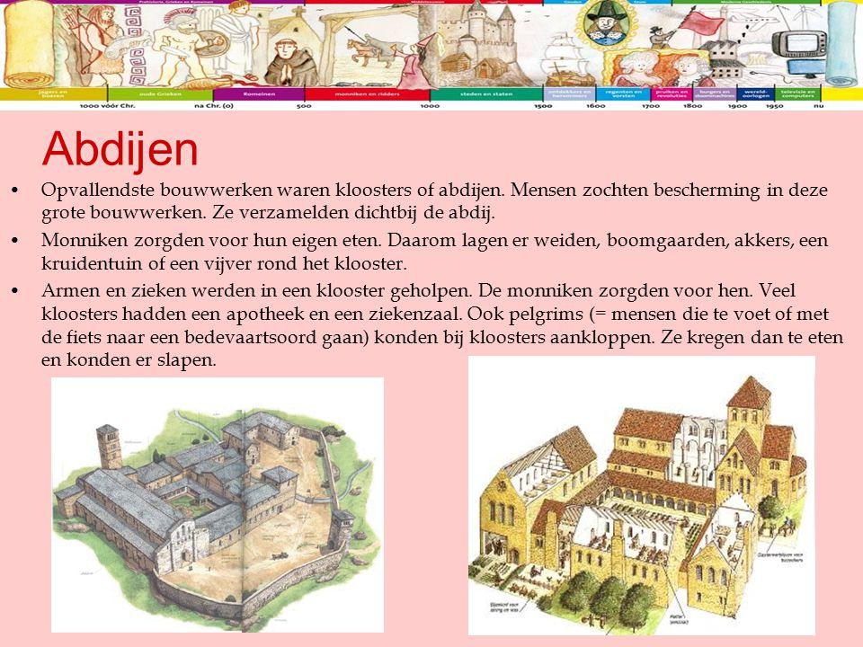 Opvallendste bouwwerken waren kloosters of abdijen. Mensen zochten bescherming in deze grote bouwwerken. Ze verzamelden dichtbij de abdij. Monniken zo
