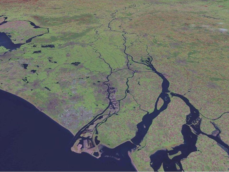 Land & Volk Nederland  Geografie, klimaat, bevolking en talen 2. Fysische geografie