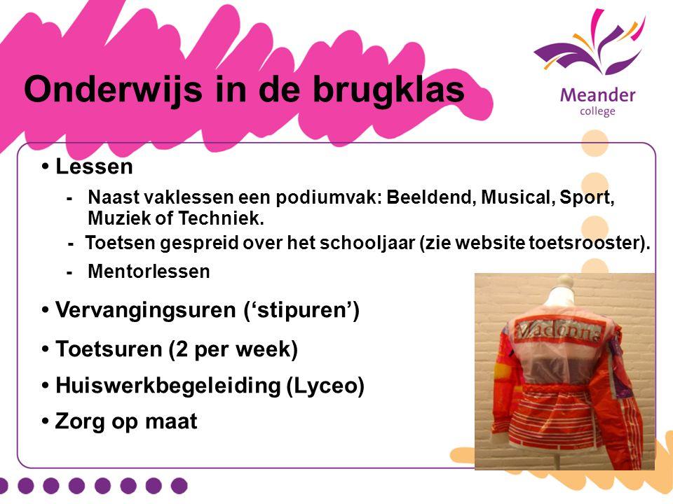 Onderwijs in de brugklas Lessen - Naast vaklessen een podiumvak: Beeldend, Musical, Sport, Muziek of Techniek. - Toetsen gespreid over het schooljaar