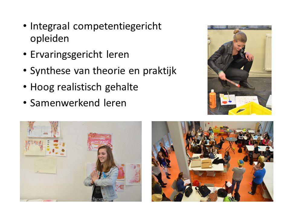 Integraal competentiegericht opleiden Ervaringsgericht leren Synthese van theorie en praktijk Hoog realistisch gehalte Samenwerkend leren