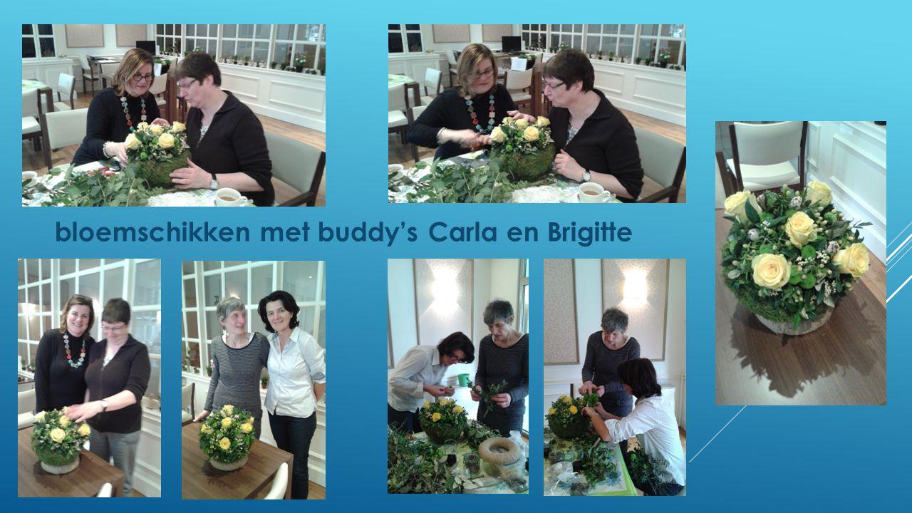 bloemschikken met buddy's Carla en Brigitte
