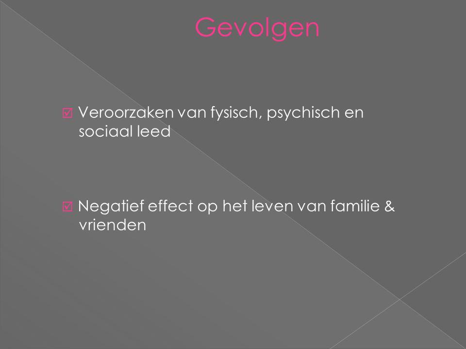 Oorzaken  Predisponerende factoren  Versnellende factoren  Aanhoudende factoren  Psychologische, culturele & emotionele  stress  Psychologische, culturele & emotionele
