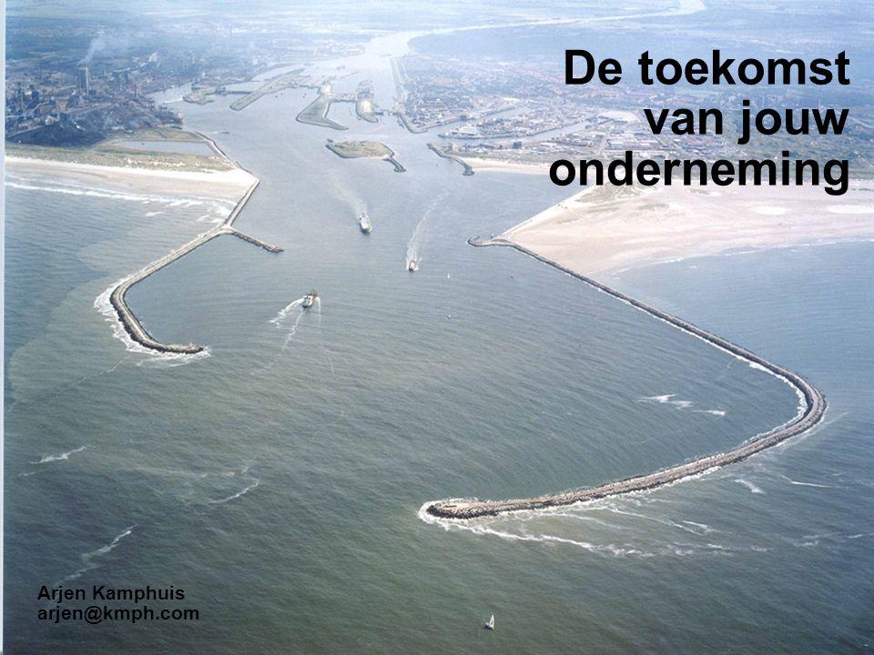http://creativecommons.org/licenses/by-nc-sa/2.0/nl/ De toekomst van jouw onderneming Arjen Kamphuis arjen@kmph.com