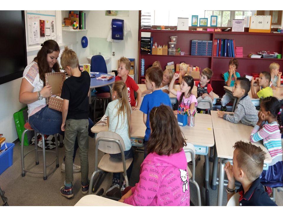 schrijven Groep 4: hoofdletters en aan elkaar