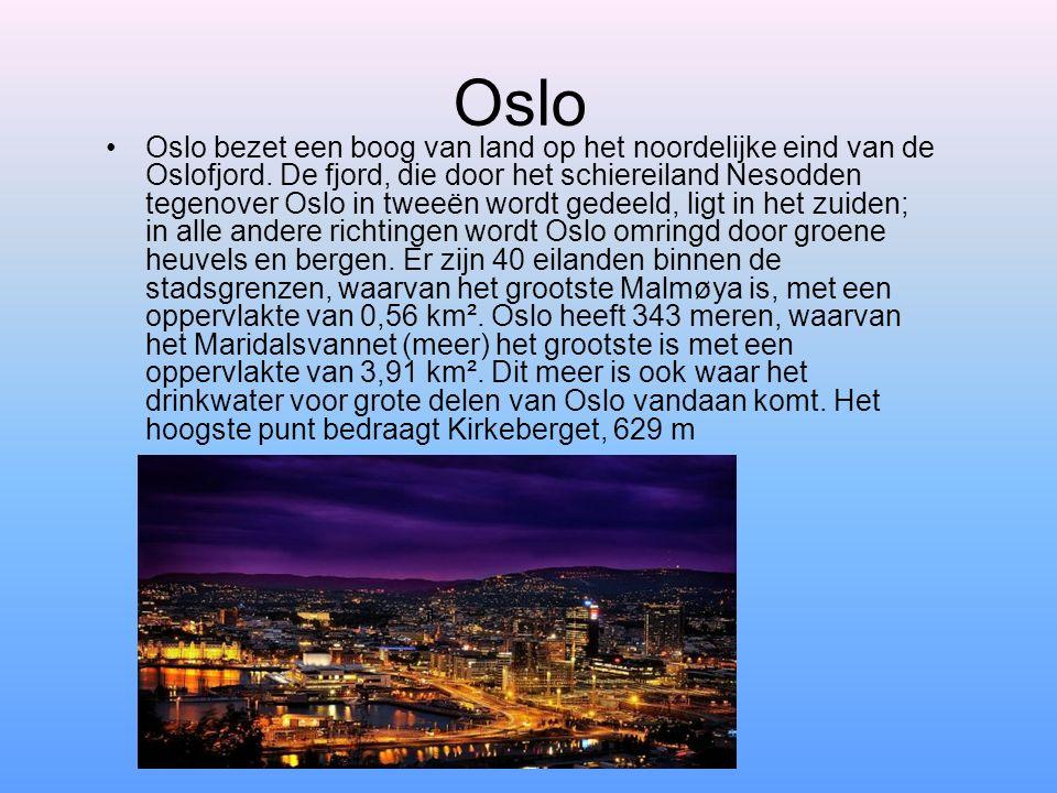 Oslo Oslo bezet een boog van land op het noordelijke eind van de Oslofjord. De fjord, die door het schiereiland Nesodden tegenover Oslo in tweeën word