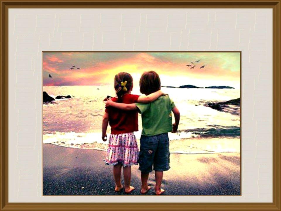 In zijn beroemde lofrede op de liefde noemt de apostel Paulus enkele kenmerken: de liefde is geduldig, wil het goede voor de ander, is niet jaloers, ze stelt zichzelf niet boven de ander, maar beschouwt de ander als belangrijker, zoekt niet haar eigenbelang, ze laat zich niet boos maken, rekent het kwaad niet aan, alles gelooft ze, alles hoopt ze, alles verdraagt ze (vgl.