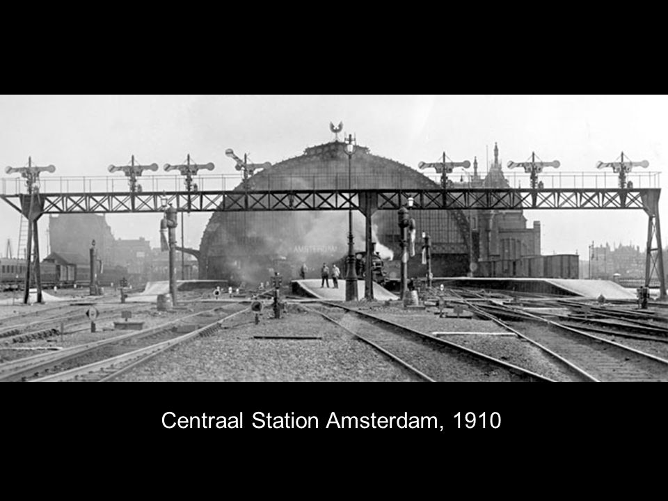 Centraal Station Amsterdam, 1910