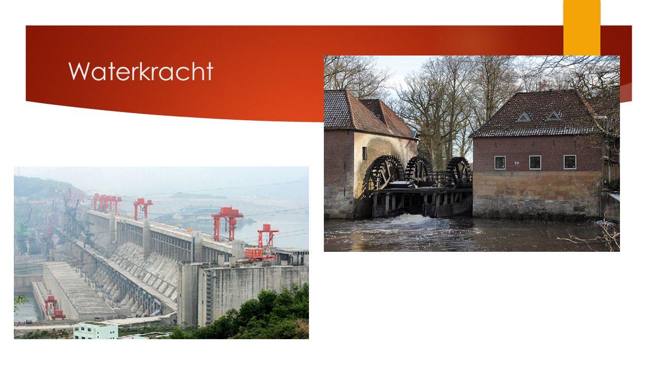 Driekloven dam  De dam wordt 185 meter hoog en 2.309 meter lang.
