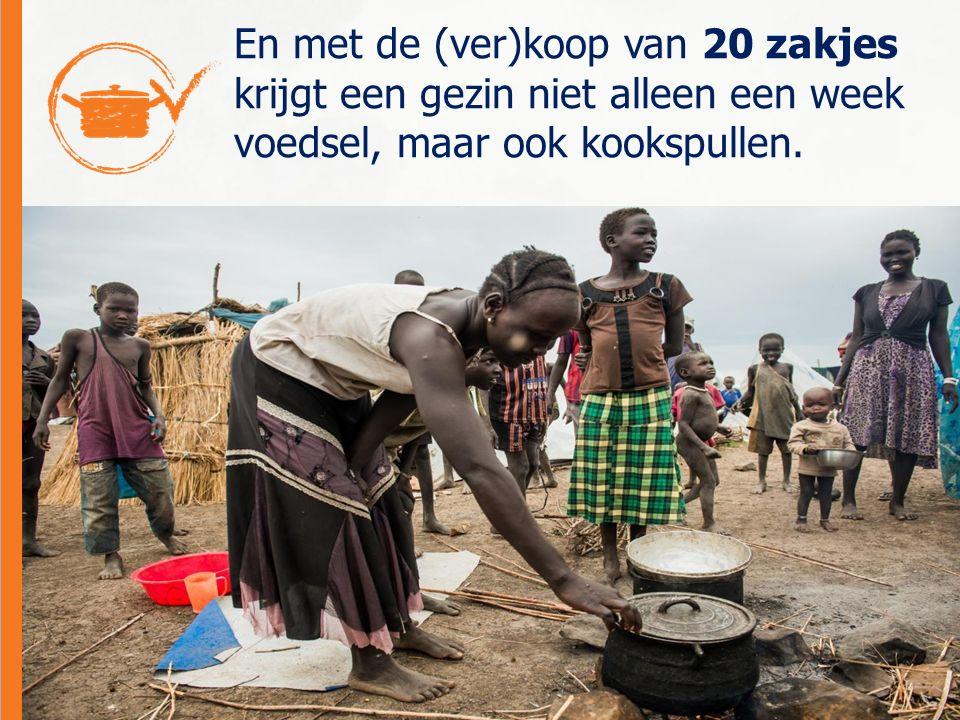 En met de (ver)koop van 20 zakjes krijgt een gezin niet alleen een week voedsel, maar ook kookspullen.