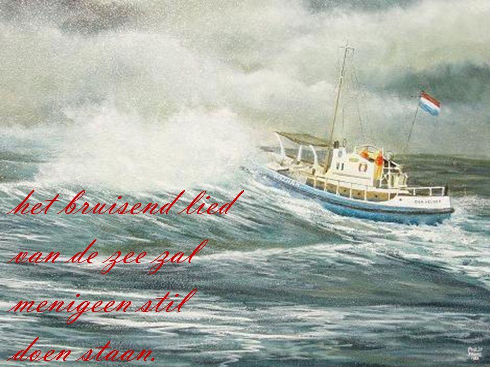 Een lied weerklinkt door de nacht als schuimkoppen op de golven staan,