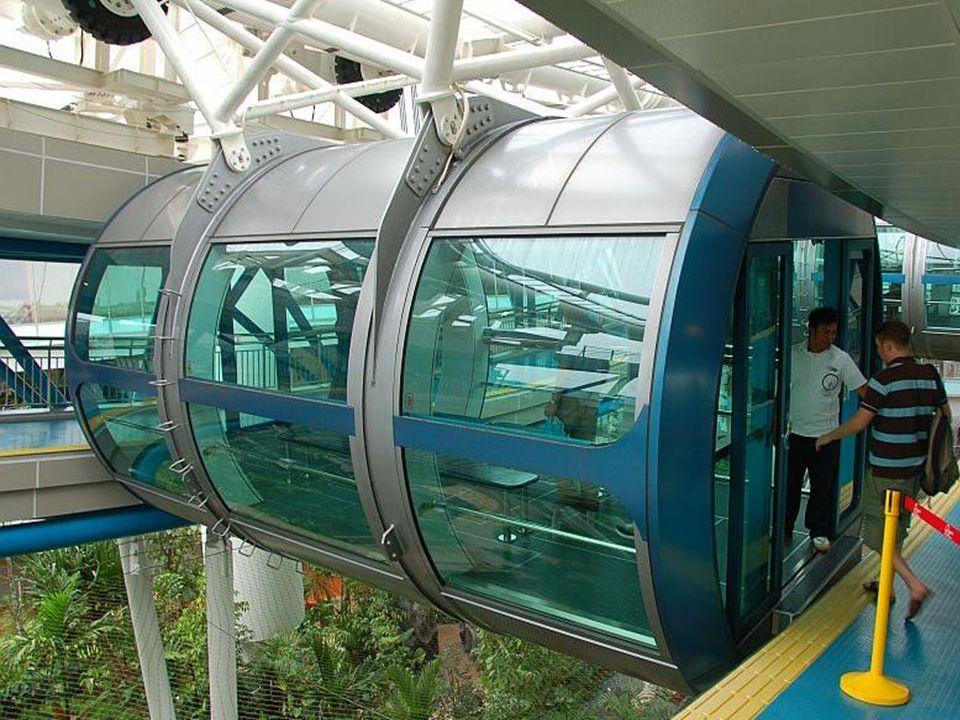 Deze is 165 meter hoog en heeft 28 cabines ter grootte van een stadsbus.