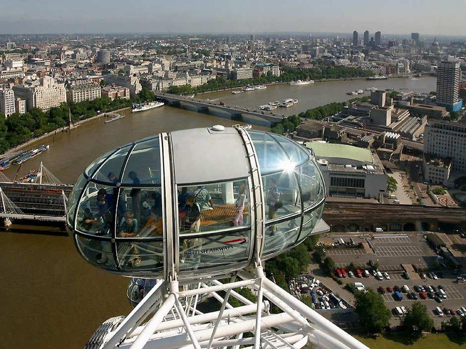 De capsule is gemaakt van staal, glas en aluminium en hebben een gescheiden airconditioning.