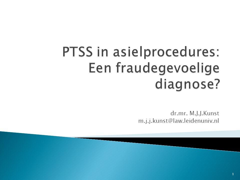 Twee redenen:  Blootstelling aan traumatische gebeurtenis  Liegen  Subjectieve symptomen  Malingeren 12
