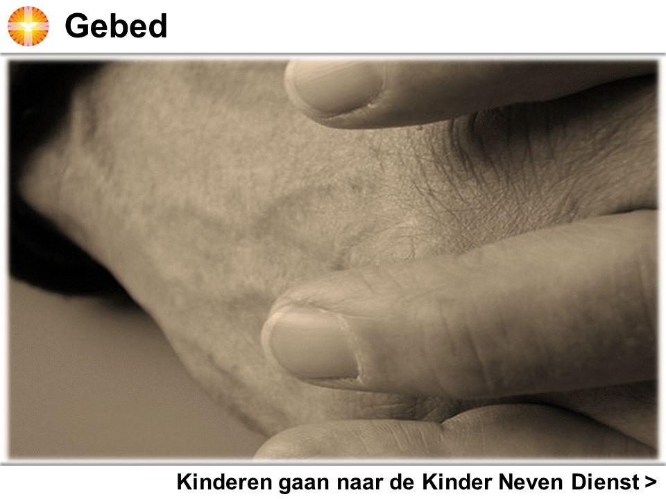 Kinderkoor zingt > Kinderen gaan naar de Kinder Neven Dienst >
