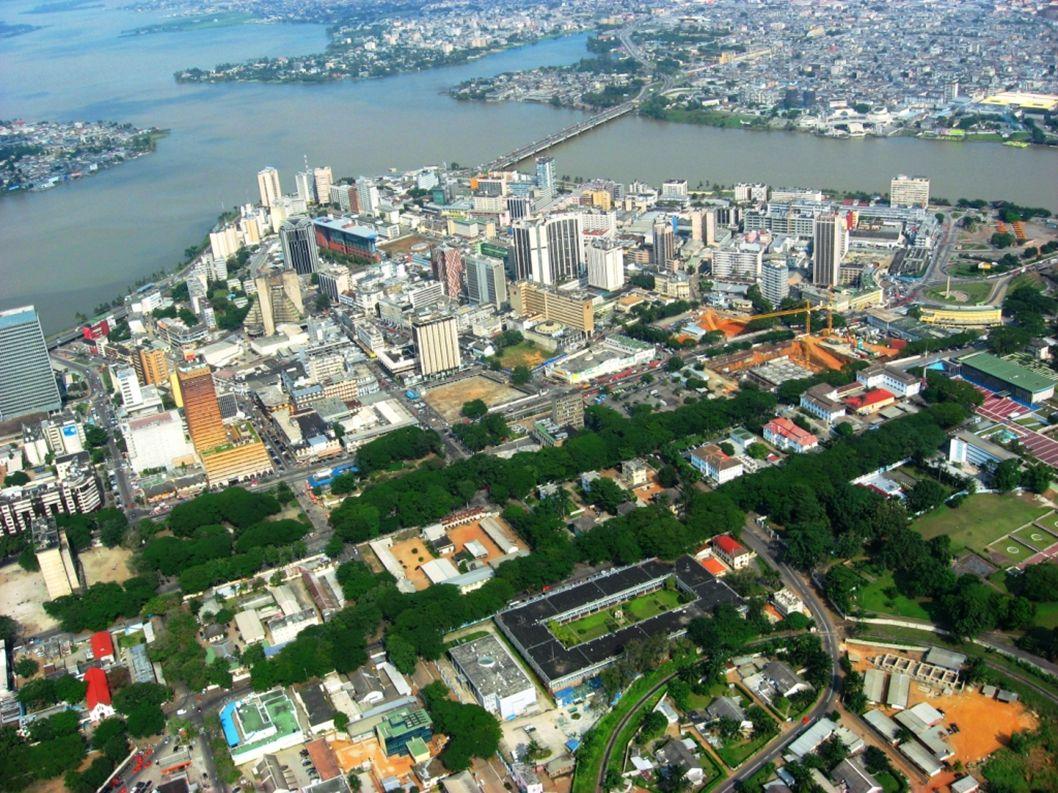 Menaces pour la Francophonie Niveau d éducation trop faible en Afrique Nouvelle période de stagnation en Afrique Attractivité de l anglais, même dans des pays acquis à la Francophonie Manque de volonté politique en France