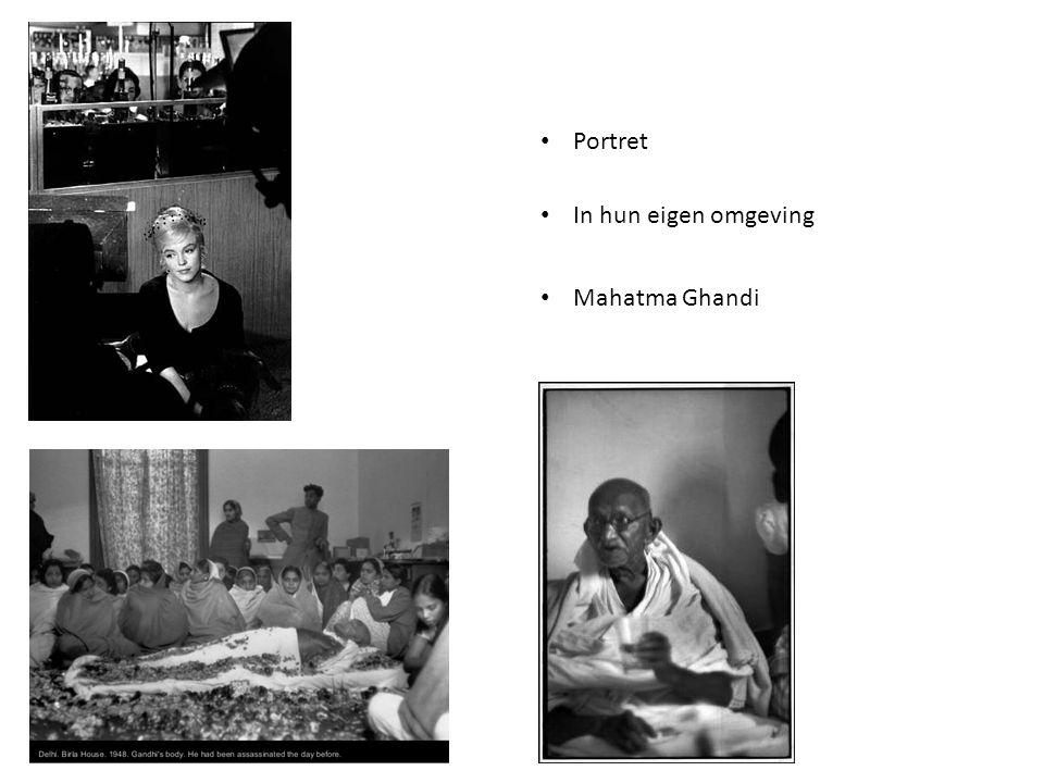 Portret In hun eigen omgeving Mahatma Ghandi