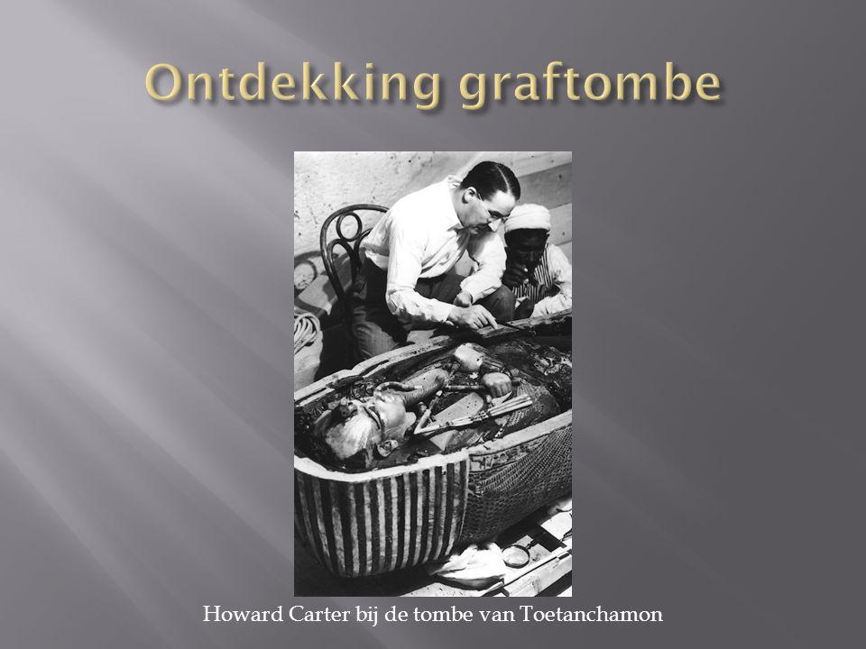  19/07/2013, Howard Carter bij de tombe van Toetanchamon, [17/10/2014, Historiek: http://historiek.net/historische-fotos-howard- carter-bij-de-tombe-van-toetanchamon/23536/] http://historiek.net/historische-fotos-howard- carter-bij-de-tombe-van-toetanchamon/23536/  09/05/2012, Toetanchamon, de jonge koning, [17/10/2014, InfoNu.nl: http://kunst-en- cultuur.infonu.nl/geschiedenis/97255- toetanchamon-de-jonge-koning.html]http://kunst-en- cultuur.infonu.nl/geschiedenis/97255- toetanchamon-de-jonge-koning.html  04/11/2013, Het mysterie van de dood van Toetanchamon is ontrafeld, [17/10/2014, Knack.be: http://www.knack.be/nieuws/wetenschap/het- mysterie-van-de-dood-van-toetanchamon-is- ontrafeld/article-normal-114412.html] http://www.knack.be/nieuws/wetenschap/het- mysterie-van-de-dood-van-toetanchamon-is- ontrafeld/article-normal-114412.html
