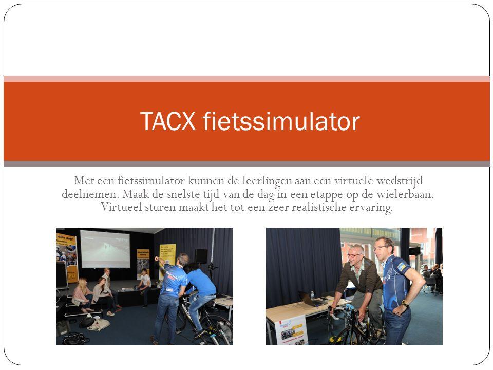 Met een fietssimulator kunnen de leerlingen aan een virtuele wedstrijd deelnemen.