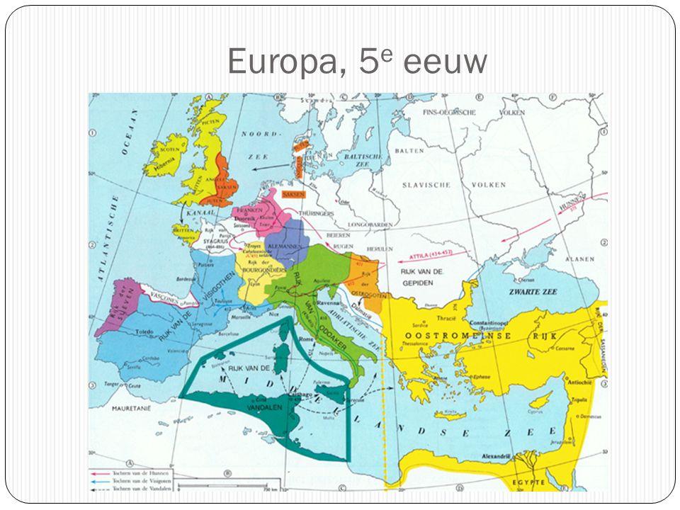 De 'Franken' verwerven een groot rijk (5 e -6 e eeuw) 'Salische Franken' Oorspronkelijk gebied: Belgica secunda (rond Doornik) Geleidelijke uitbreiding naar het zuiden en het oosten Dynastie van de Merovingers aan de macht Belangrijkste koning: Chlodovec (Clovis) (ca.