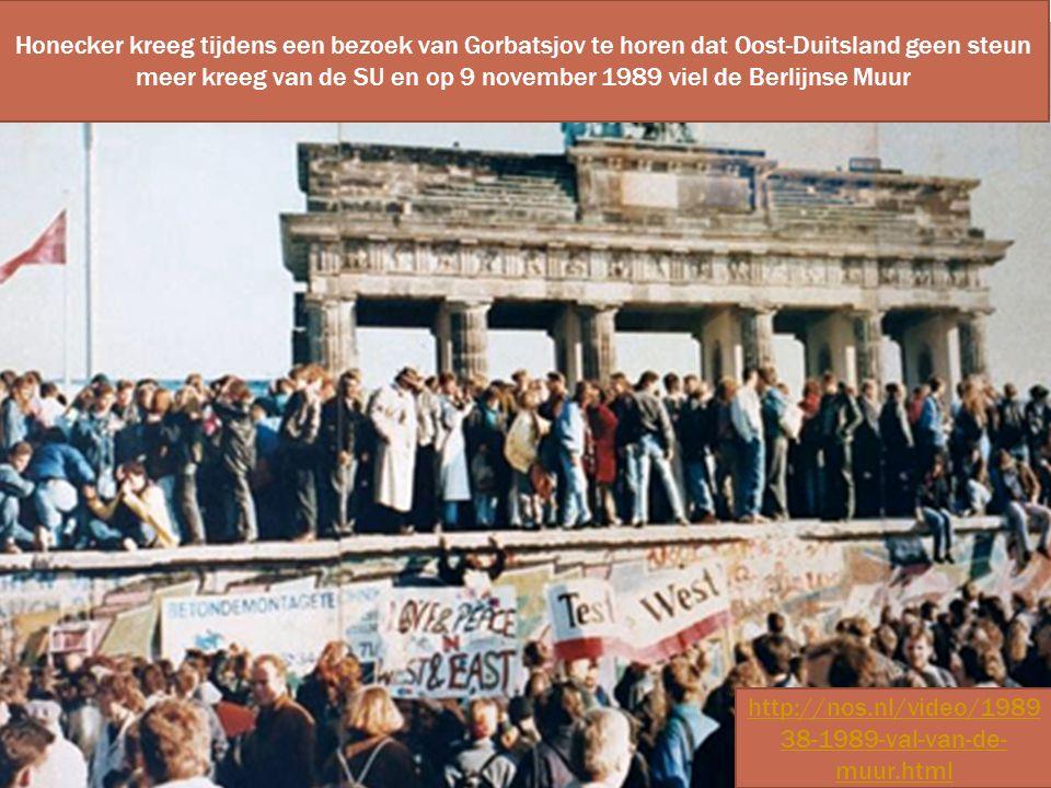 Honecker kreeg tijdens een bezoek van Gorbatsjov te horen dat Oost-Duitsland geen steun meer kreeg van de SU en op 9 november 1989 viel de Berlijnse M